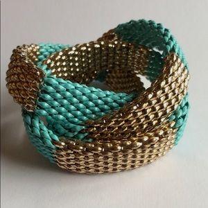 Jewelry - Turquoise/Gold Triple Strans Stretch Bracelet